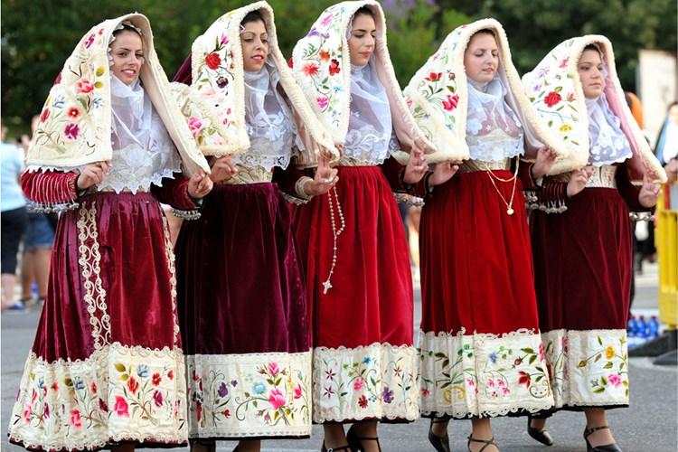 Festa del Redentore e costumi tipici