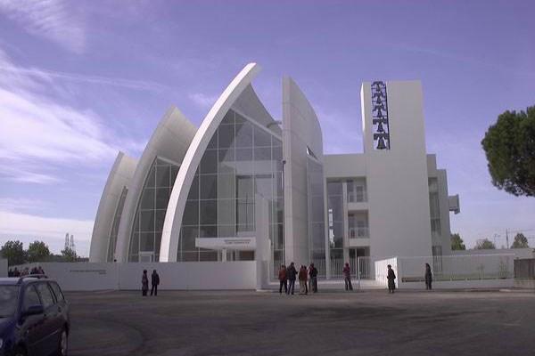 Chiesa Dio Padre Misericordioso (Tre Vele)
