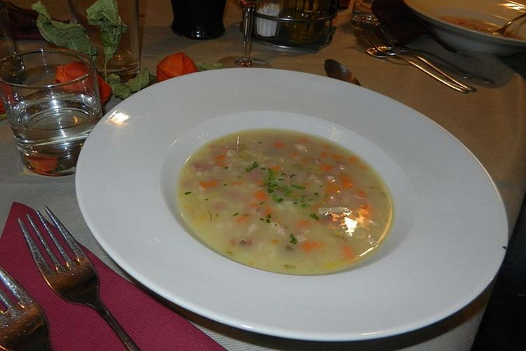 Zuppa d'Orzo (o Gerstensuppe)