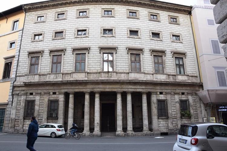 Palazzo Massimo alle Colonne - Cappella San Filippo Neri
