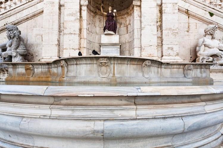 Fontana della Dea Roma in Campidoglio
