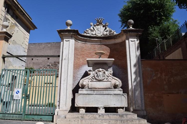 Fontana in via Annia (o Fontana Celimontana)